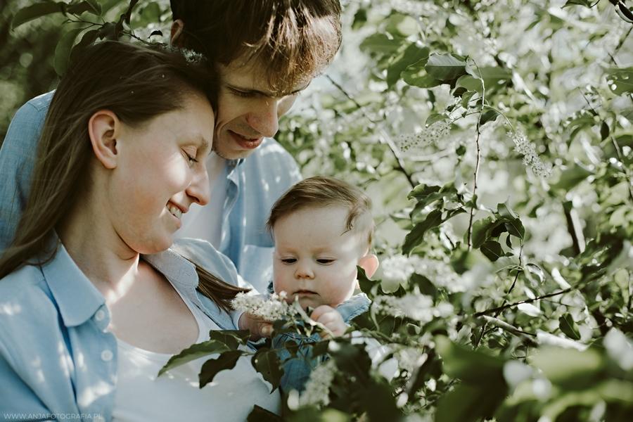 sesja fotograficzna rodziny w dziekanowie leśnym