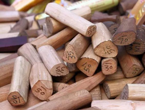معجون خشب الصندل