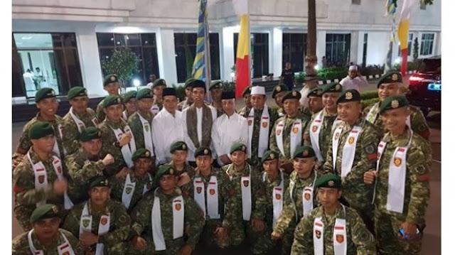 Dilarang KPK, UAS Bangga Diundang TNI