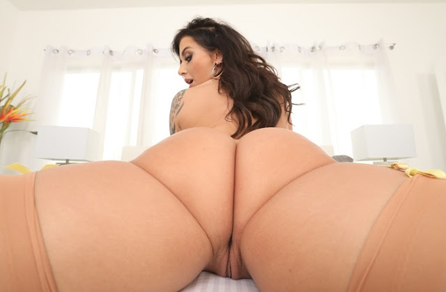 Ivy Lebelle naked big booty pussy