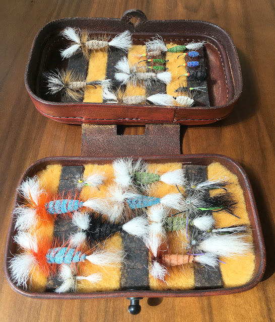 Bomber box by Adelcio Chaves: bombers for atlantic salmon, green machine, stone fly, smurf