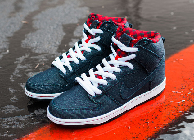 on sale 677c9 24fb9 The Nerdy Gentlemen: Sneaker Nerd: Nike SB Dunk High Denim ...