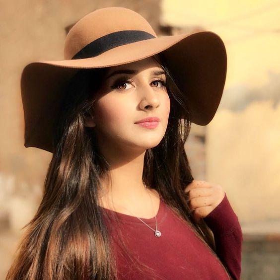 cute girls dp in hat