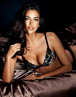 Irina Shayk Sizzling Photo On Bed