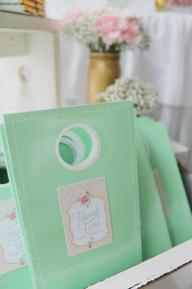 chá de panela - paleta Verde Mint + Dourado + Rosa