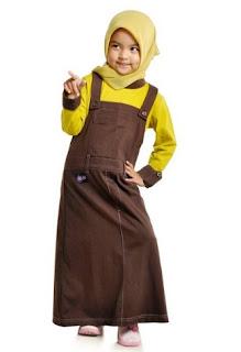 Baju muslim anak perempuan untuk sehari-hari