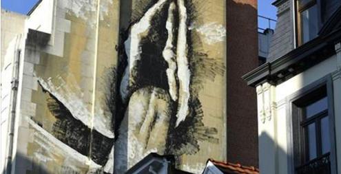 Une nouvelle fresque fait polémique à Bruxelles apr...