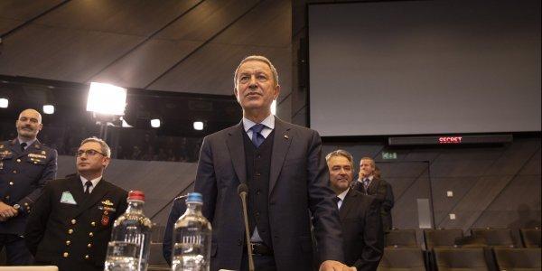 Ακάρ: Οι Έλληνες καθυστερούν τις συνομιλίες στο ΝΑΤΟ