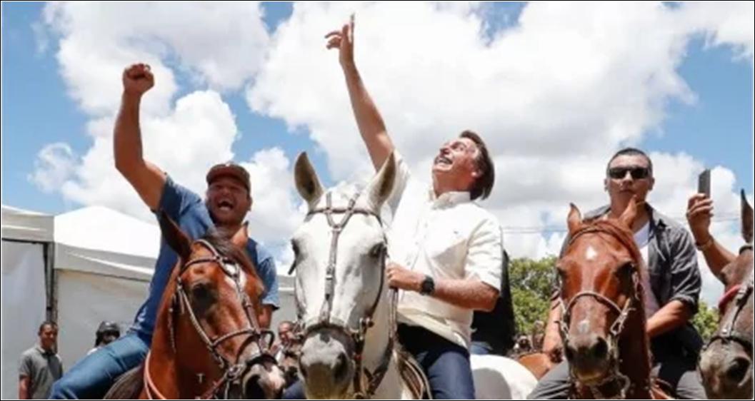 """Bolsonaro diz que não quer a """"venda de terras para estrangeiros. Esse país é nosso"""""""