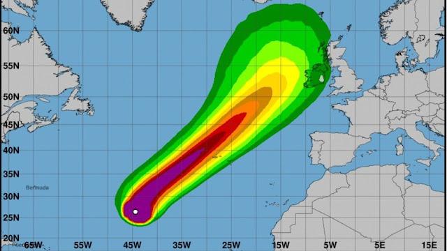 """""""Es una verdadera bestia"""": Meteorólogos predicen la próxima llegada del potente huracán Lorenzo a Europa"""