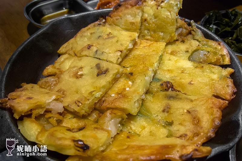 【東區美食】娘子韓食。八色豬五花韓式烤肉好生火