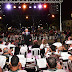 Multitudinario espectáculo musical para celebrar el Día del Estudiante en la plaza