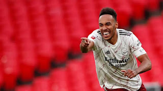 Aubameyang has rejected 2 bids to accept Arsenal's contract extension offer