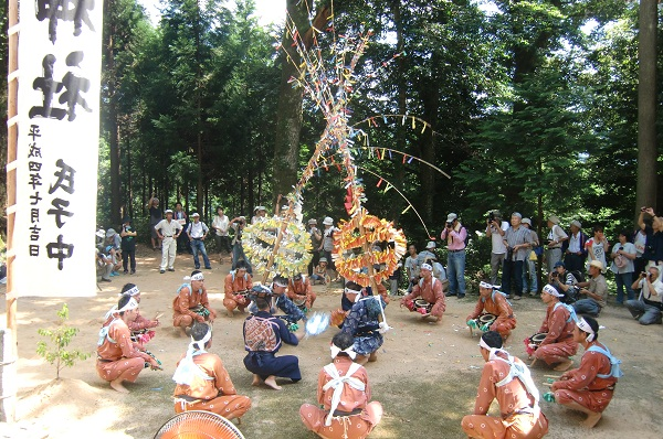 Wakasugi Zanzaka Dance (old folk dance), Yabu City, Hyogo
