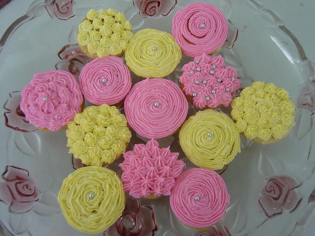 Mini Cupcakes For A Little Princess