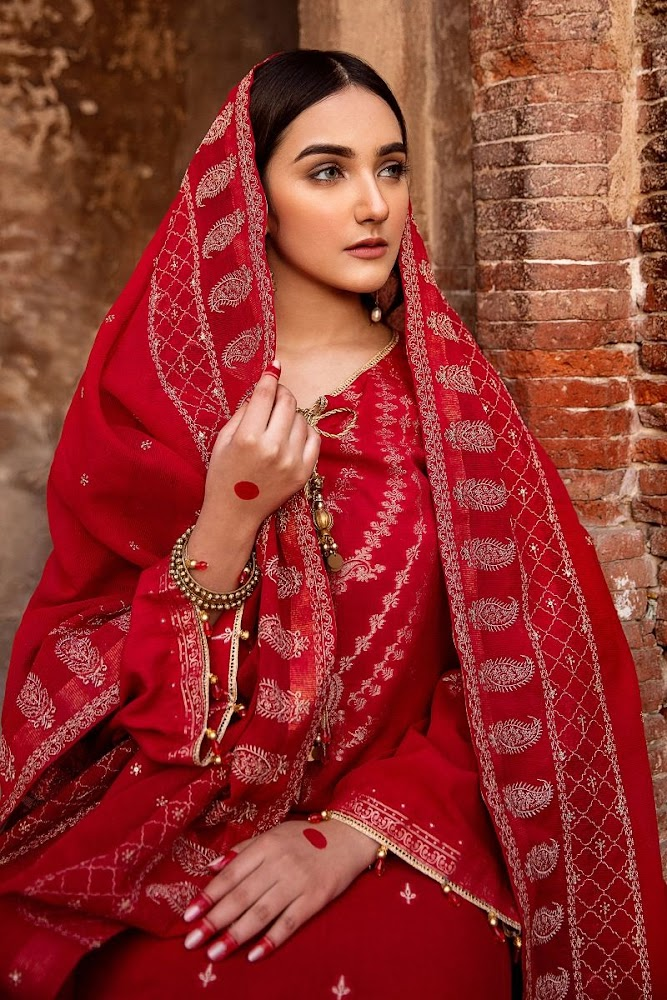 Gul Ahmed Red Suit Embroidered jacquard