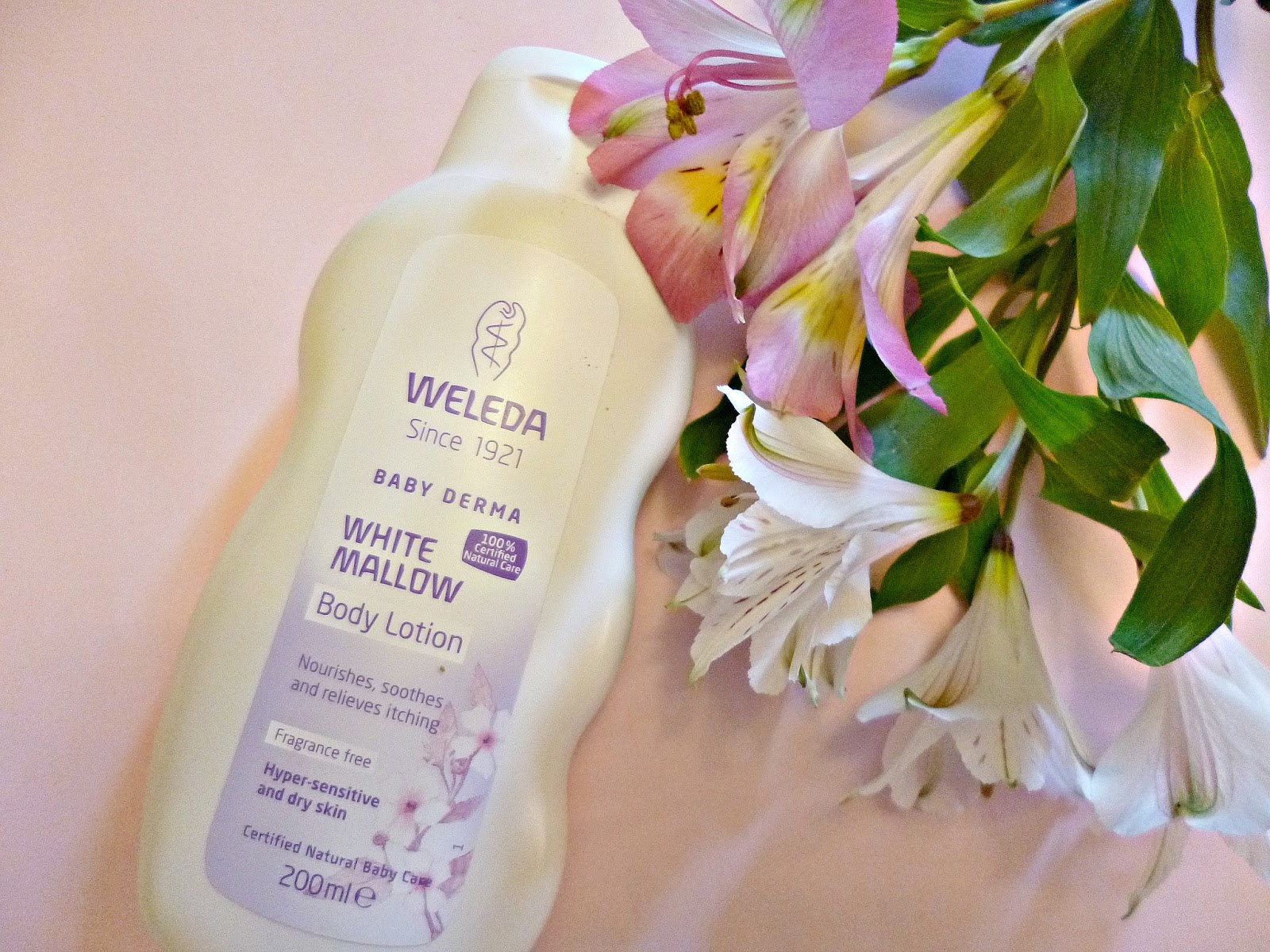 Skincare for sensitive skin: Weleda White Mallow body lotion