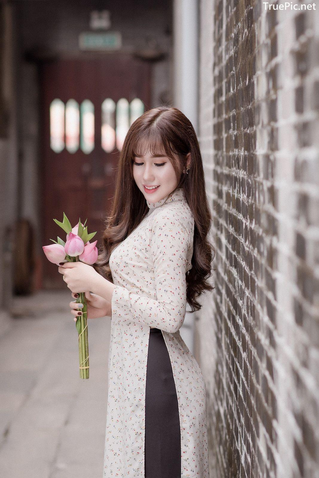 Image-Vietnamese-Beautiful-Girl-Ao-Dai-Vietnam-Traditional-Dress-by-VIN-Photo-2-TruePic.net- Picture-7