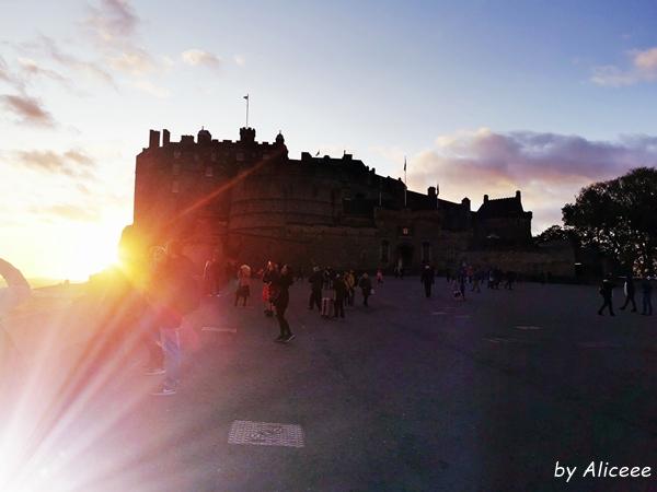 atractii-turistice-Edinburgh-Castel