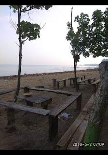 Wisata pantai caringin jadi tempat nyorenya warga labuan pandeglang