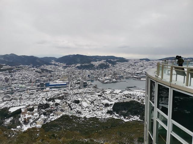 2021年1月9日長崎市内は記録的な大雪の中、稲佐山頂上展望台まで登って見ました!