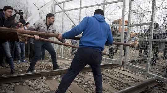Acht Flüchtlinge klagen Makedonien vor Europäischen Gerichtshof an