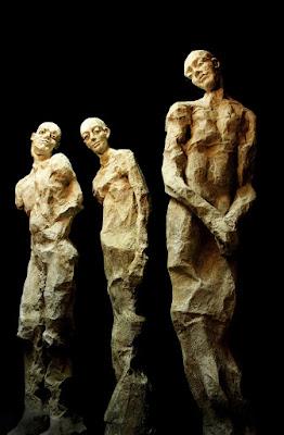 """Esculturas de la exposición """"Involución"""" de la artista valenciana María Gómez"""