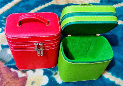 Box Make Up Vinyl Tingkat / Beauty Case