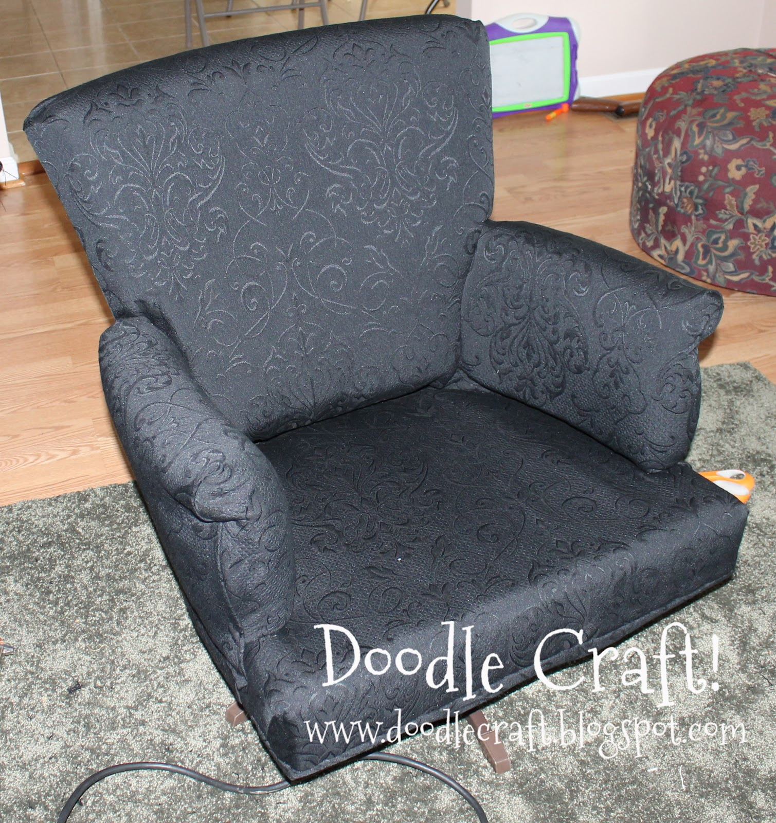 Doodlecraft: The UGLY Chair!