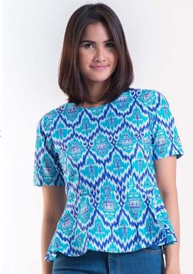 Contoh Model Baju Batik Solo Lengan Pendek