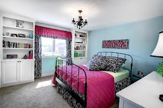 Dormitorio en negro y rosa