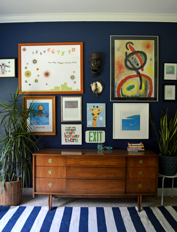This bold navy color makes a great backdrop for all the art and plants-design addict mom
