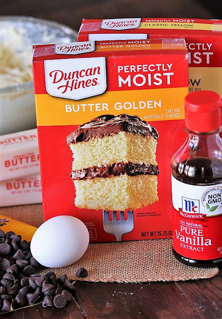 Chocolate Chip Cake Mix Cookies Ingredients Image