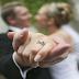 تحذير لكل الازواج : عروسان يتوفيان بعد الزواج بساعة واحدة والسبب صدم الجميع -