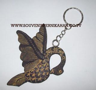 Souvenir Pernikahan Gantungan Kunci Batik Jogjakarta 12