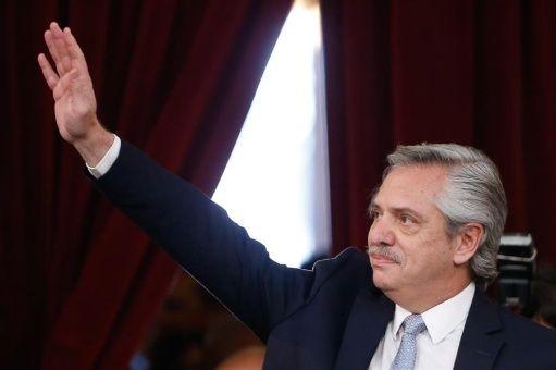 Fernández: Piñera apresó a 2.500 personas y nadie dijo nada