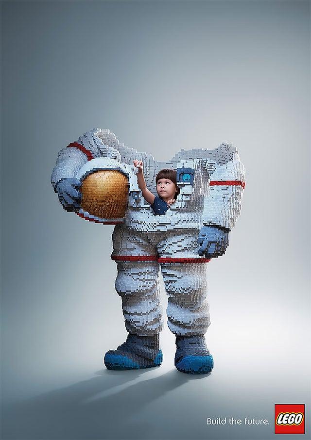 Lego - Build the Future