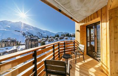 8 Contoh Gambar Railing Balkon (Untuk Mempercantik Rumah)