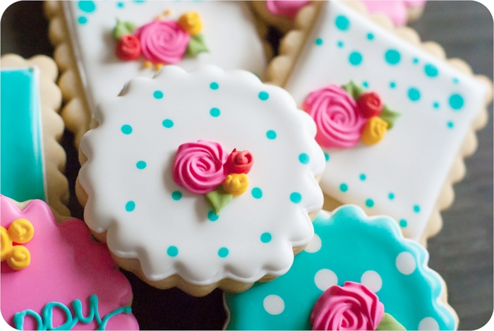 spring floral decorated cookies