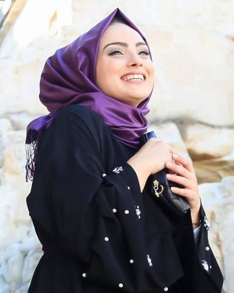 أمينة من فلسطين عزباء 21 سنة تبحث عن زواج عادي