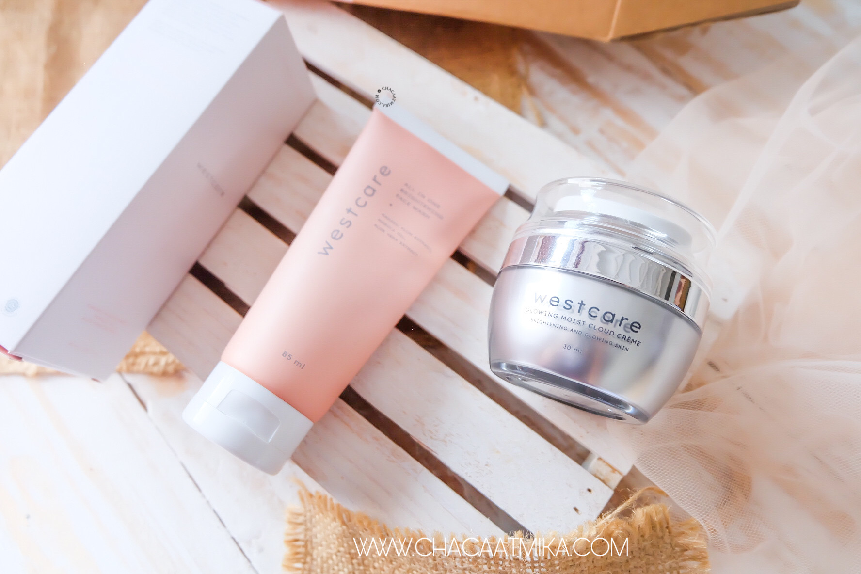 Review: Westcare All in One Brightening Facewash dan Westcare Glowing Moist Cloud Creme