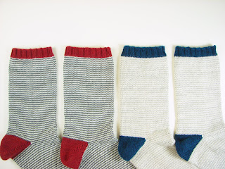 socks, knit, stripes, gray, white, blue, pattern, simple, red