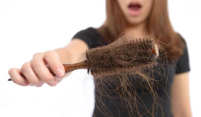 وصفات لعلاج الشعر المتساقط