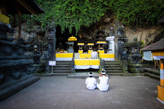 Tempio della grotta dei pipistrelli di Goa Lawah