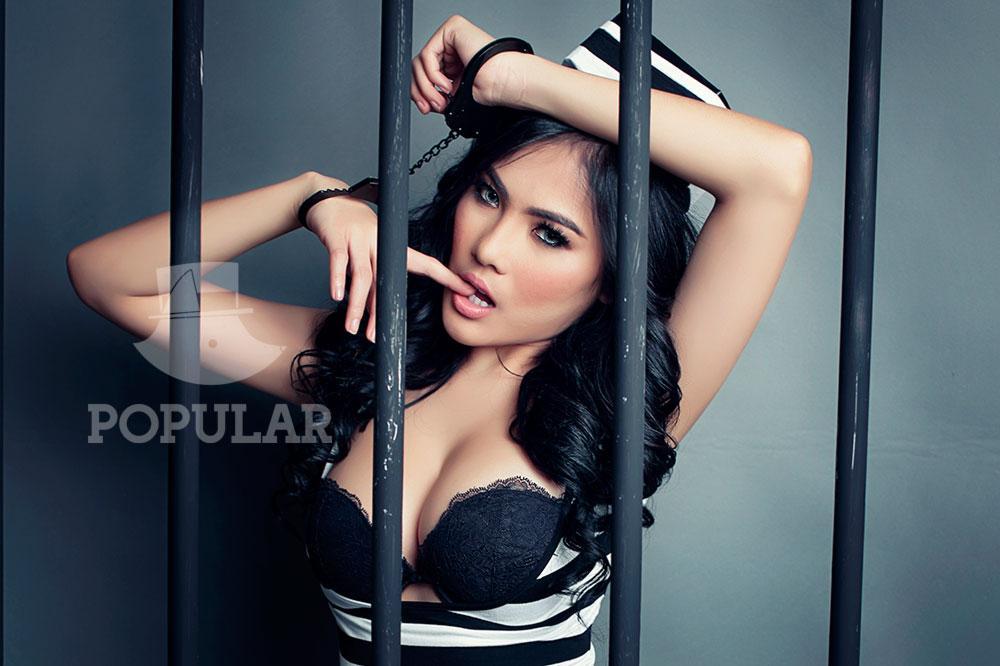 Foto Sexy Nisa Beiby Majalah Popular April
