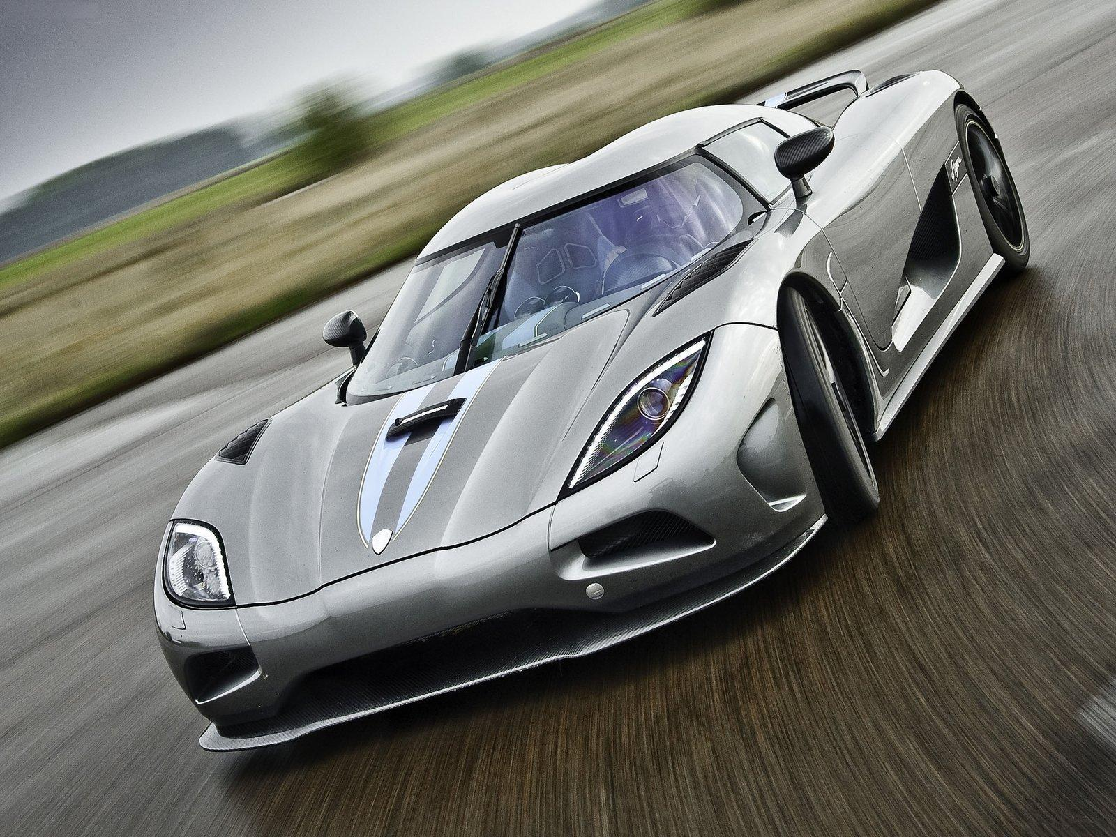 Koenigsegg Agera R Car Review And Wallpaper Koenigsegg Agera R
