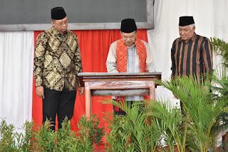Didampingi Gubernur, Wapres Resmikan Fasilitas Ponpes Dea Malela