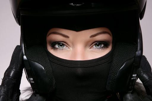 tips-memilih-masker-motor-yang-aman