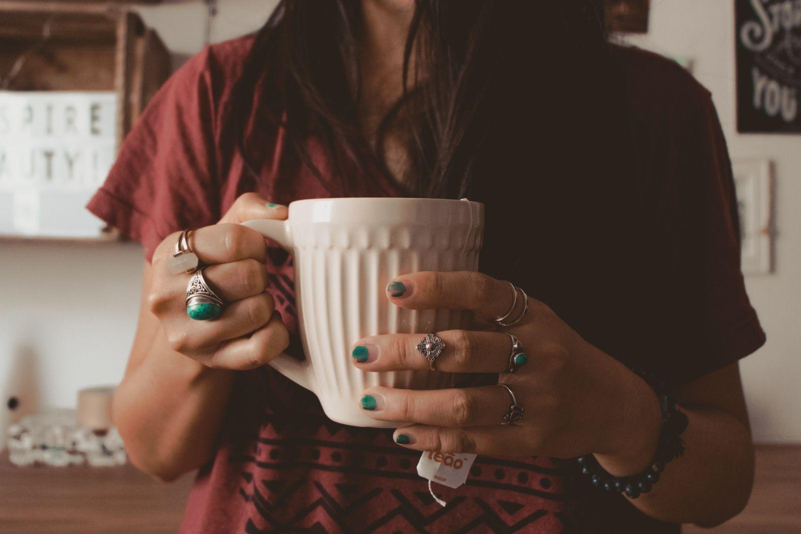 chá de camomila para os dias de ansiedade