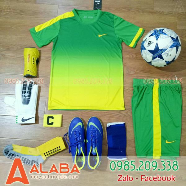 áo bóng đá màu xanh chuối xịn